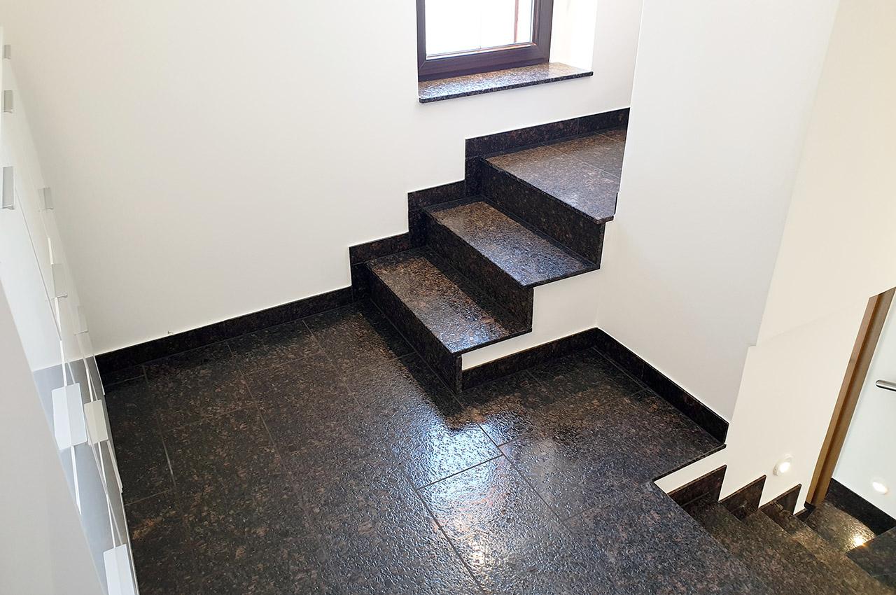 Treppenhaus-mit-Oberfläche-giano-finish-6